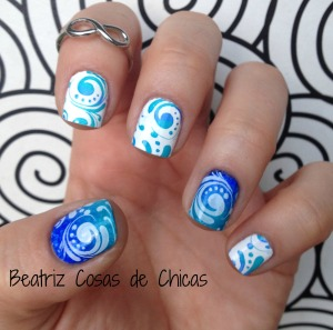 Manicura en Azul con Leticia Well