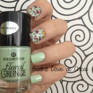 1. Florar Grunge de Essence y Moyou #reversestamping