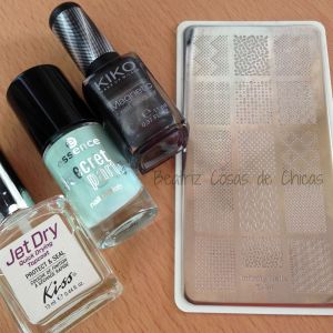 Secret Party de Essence e Infinity Nails.5