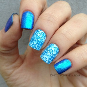 Azul Liquid Foil de Essence y Reverse Stamping STZ-L017.2