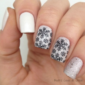 Curali Nail Stamping y Essence I Love Trends.3
