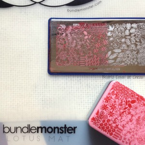 Lotus Mat y Mochi Stamper de Bundle Monster.7