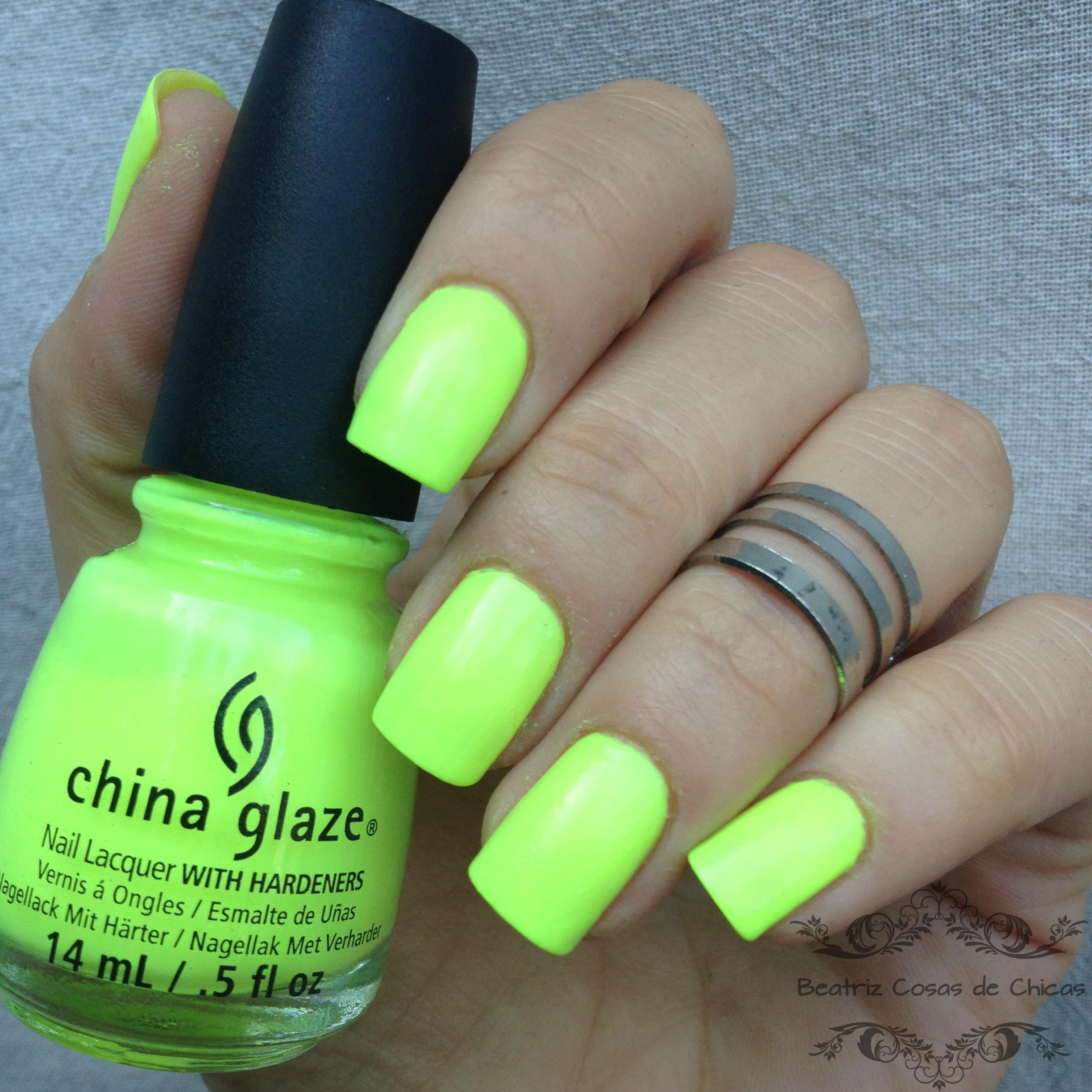 Manicura Fluor con China Glaze y Ejiubas | Beatriz Cosas de Chicas