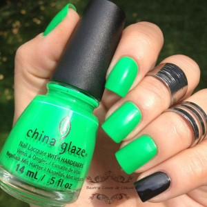 China Glaze y Moyou.1