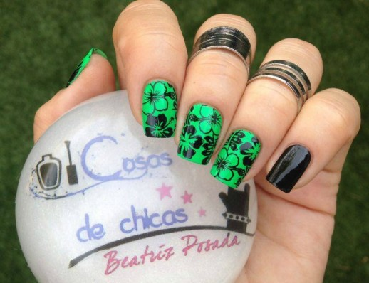 China Glaze y Moyou.2