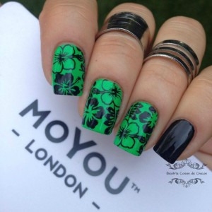 China Glaze y Moyou.4