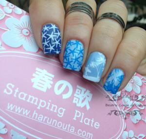 Manicura Azul Surfera con Kiko y Harunouta.2